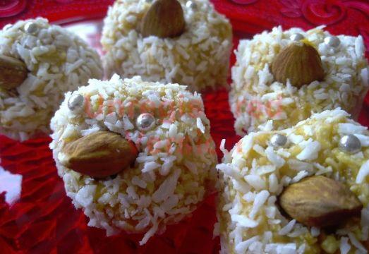 ägg-små kycklingbollar