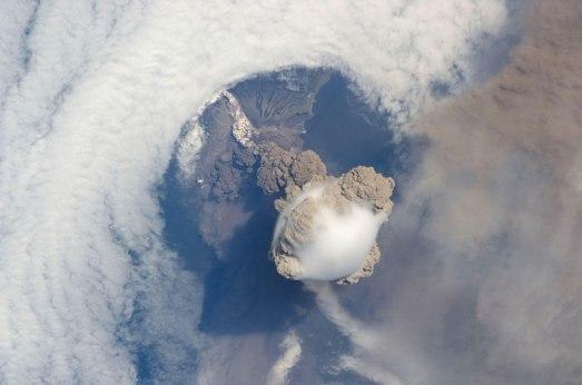 Moln Vulkanutbrott Ryssland